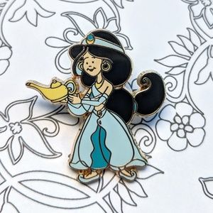 Kid Jasmine. Disney lapel pin